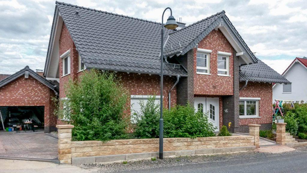 Hausfassade - Klinkerriemchen neu roemisch